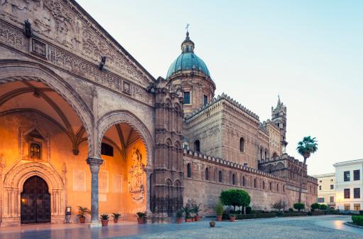 Sicily「Palermo Cathedral at dusk, Sicily Italy」:スマホ壁紙(19)