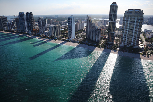 "Beach「""Panama Papers"" Renew Focus On Miami Luxury Real Estate Market Boom」:写真・画像(8)[壁紙.com]"