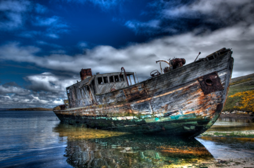 Falkland Islands「HDR with old abandoned wooden ship」:スマホ壁紙(17)
