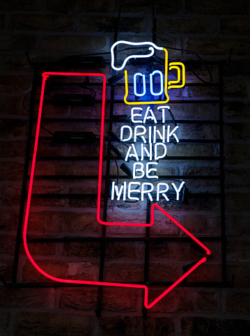 Beer「Eat, drink and be merry neon sign in bar」:スマホ壁紙(4)