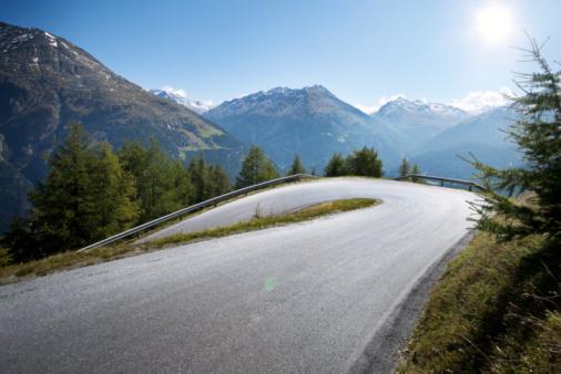 Winding Road「Hairpin mountain curve」:スマホ壁紙(4)