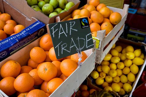 Fair Trade「Fair Trade Oranges in Store」:スマホ壁紙(2)