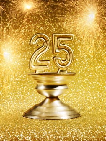 花火「Gold Number 25 Trophy」:スマホ壁紙(4)