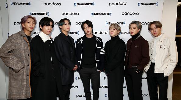 J-Hope「BTS Visits the SiriusXM Studios」:写真・画像(18)[壁紙.com]