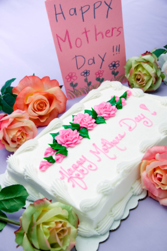 母の日「Sheet cake with words Happy Mother's Day!, card and flowers」:スマホ壁紙(13)