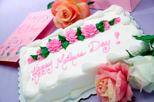 母の日「Sheet cake with words Happy Mother's Day!, card and flowers」:スマホ壁紙(16)