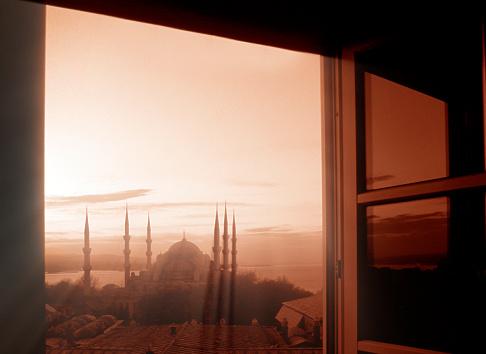 Praying「View of Mosque」:スマホ壁紙(3)