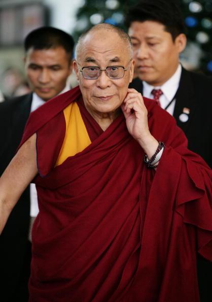 カメラ目線「The Dalai Lama Speaks In Sydney」:写真・画像(0)[壁紙.com]