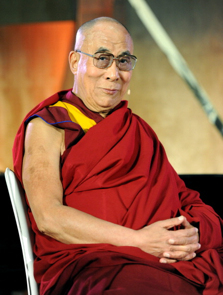 """One Man Only「The Lourdes Foundation """"Leadership in the 21st Century"""" Event with His Holiness the 14th Dalai Lama」:写真・画像(5)[壁紙.com]"""