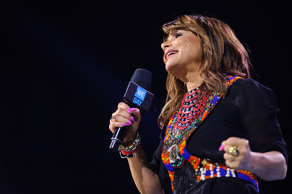 J R Smith「Ciara, Martin Luther King III, Jordan Smith, Paula Abdul, Nico & Vinz And J.R. Martinez Come Together At WE Day Illinois To Celebrate The Power Young People Have To Change The World」:写真・画像(18)[壁紙.com]