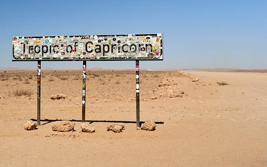 Latitude「Tropic of Capricorn, Namibia」:スマホ壁紙(7)