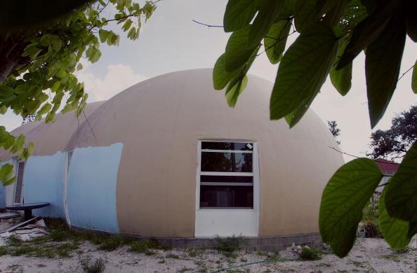 West Palm Beach「Hurricane Proof Homes Become Popular Along Florida Coast」:写真・画像(2)[壁紙.com]