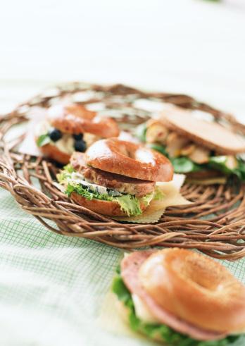Picnic「Bagel Sandwich」:スマホ壁紙(13)