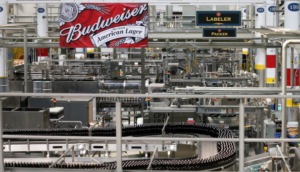 Missouri「Anheuser-Busch Agrees To Increased Offer From Belgian Company InBev」:写真・画像(16)[壁紙.com]