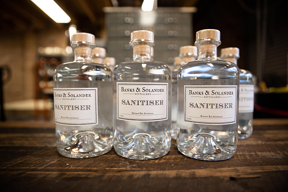 Bottle「Brewers And Distillers Turn To Making Hand Sanitiser To Meet Global Demand Due To Coronavirus」:写真・画像(17)[壁紙.com]