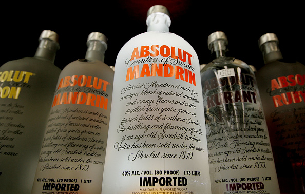Swedish Culture「Swedens Absolut Vodka Is Offered For Sale」:写真・画像(18)[壁紙.com]