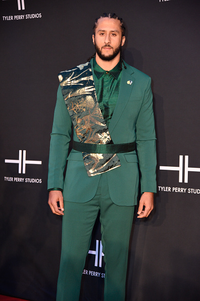 Green Shirt「Tyler Perry Studios Grand Opening Gala - Arrivals」:写真・画像(16)[壁紙.com]