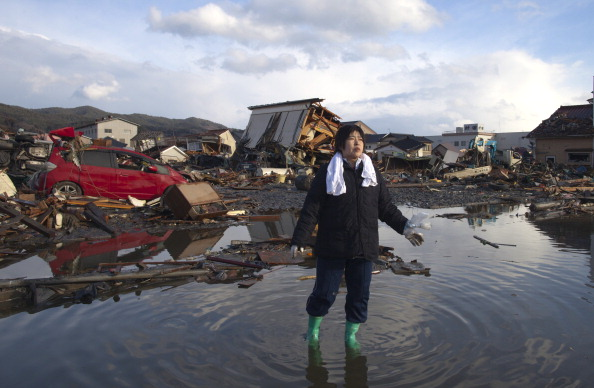 Tsunami「Rescue Work Continues in Japan As Nuclear Threat Looms」:写真・画像(18)[壁紙.com]