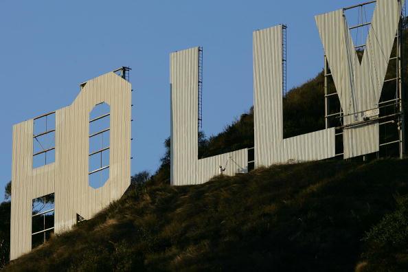 Hollywoodland「Hollywood Sign Begins Month-Long Makeover」:写真・画像(4)[壁紙.com]