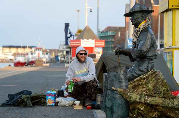 Finnbarr Webster「Baden-Powell Statue Due To Be Removed From Poole Quay」:写真・画像(8)[壁紙.com]