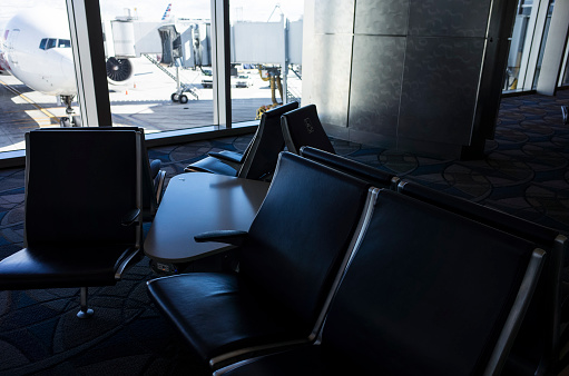 Passenger「A chair that exists for people sitting at the airport.」:スマホ壁紙(16)