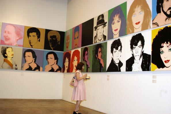 Museum「Pop Artist Andy Warhol's 75th Birthday Observed 」:写真・画像(4)[壁紙.com]