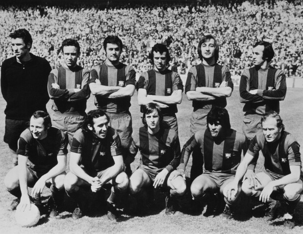 Monochrome「FC Barcelona Team」:写真・画像(3)[壁紙.com]
