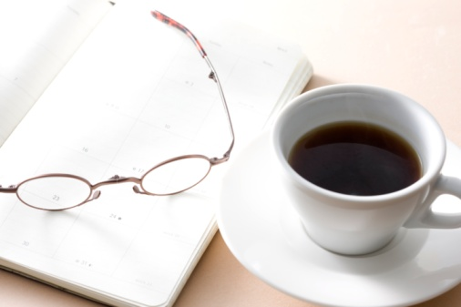 Coffee Break「Glasses, a personal organizer and a cup of coffee」:スマホ壁紙(12)
