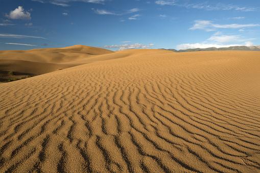 Awbari Sand Sea「Desert scenery of Inner Mongolia, China」:スマホ壁紙(17)
