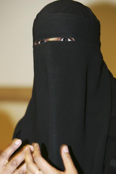 Nikab「Muslim Teacher Wins Victimisation Tribunal」:写真・画像(3)[壁紙.com]