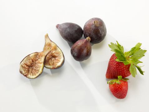 Fig「Fresh Figs and Strawberries」:スマホ壁紙(19)