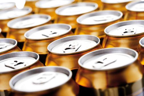Beer「Beer cans」:スマホ壁紙(11)