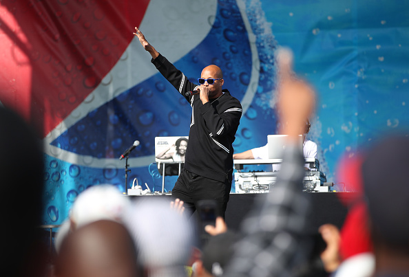 Incidental People「PepsiCo Celebrates SoFi Stadium and Hollywood Park Partnership With First-Ever Tailgate For Venue's Construction Workers」:写真・画像(2)[壁紙.com]