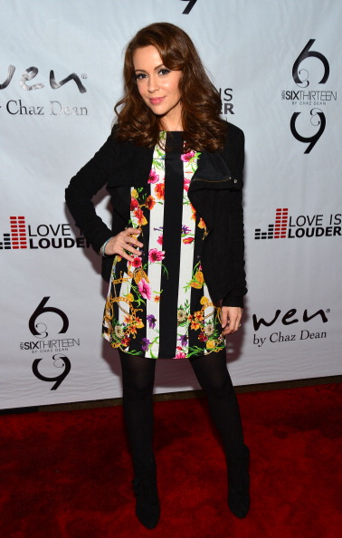Multi Colored「Chaz Dean's Holiday Party Benefitting the Love is Louder Movement」:写真・画像(7)[壁紙.com]