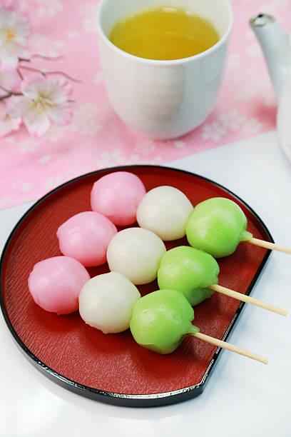 Three Colored Dumplings:スマホ壁紙(壁紙.com)