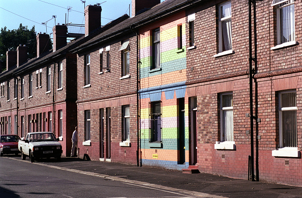 In A Row「Barrack Street, Hulme, Manchester」:写真・画像(0)[壁紙.com]