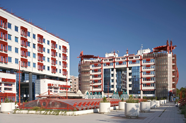 skyscraper「Modern Apartment Building, Belgrade, Serbia」:写真・画像(16)[壁紙.com]