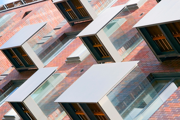 Architectural Feature「Modern apartments with balconies in Manchester, UK」:写真・画像(11)[壁紙.com]