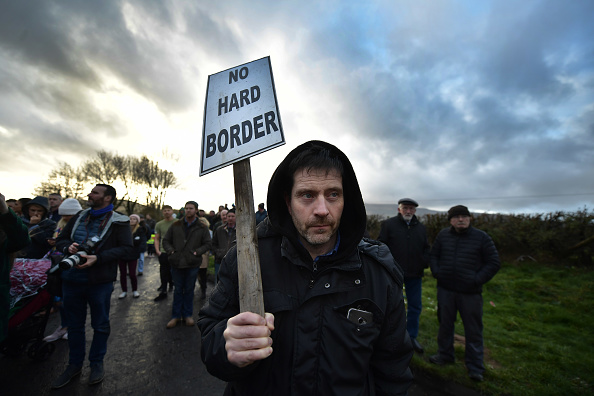 Brexit「Brexit Protest At Irish Border」:写真・画像(2)[壁紙.com]