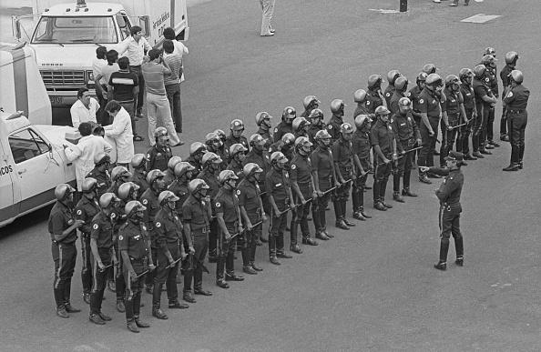 ラテンアメリカ「Mexican Riot Police」:写真・画像(3)[壁紙.com]