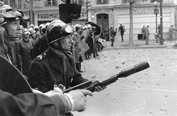 Reg Lancaster「Police Prepare」:写真・画像(17)[壁紙.com]