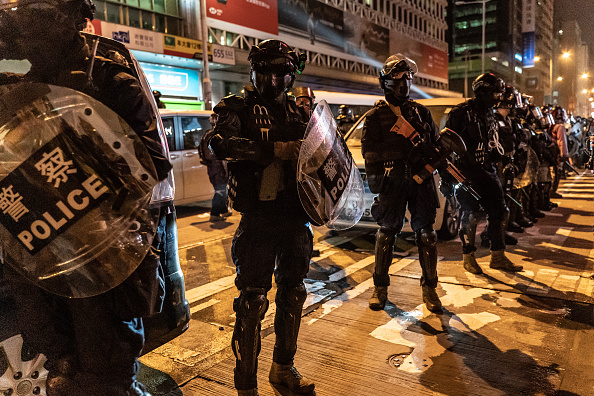 Mong Kok「Anti-Government Protests Continue in Hong Kong」:写真・画像(2)[壁紙.com]