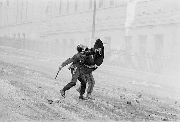 パリ「Paris Riots」:写真・画像(0)[壁紙.com]