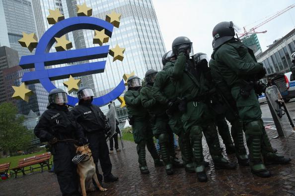 Blockupy「Blockupy Protests In Frankfurt」:写真・画像(6)[壁紙.com]