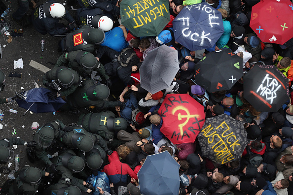 Frankfurt - Main「Blockupy Protests In Frankfurt」:写真・画像(4)[壁紙.com]