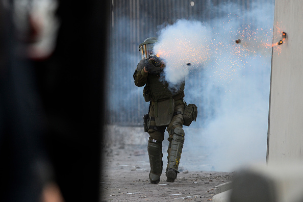 Obscured Face「Social Turmoil In Chile Amid New Protests」:写真・画像(15)[壁紙.com]