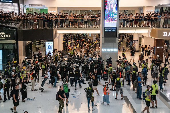 Shopping Mall「Anti-Extradition Protests In Hong Kong」:写真・画像(16)[壁紙.com]