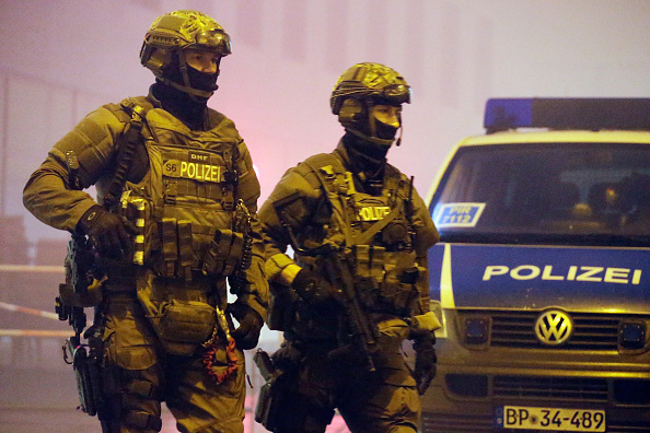 ドイツ「Munich On Alert Following Terror Warning」:写真・画像(3)[壁紙.com]