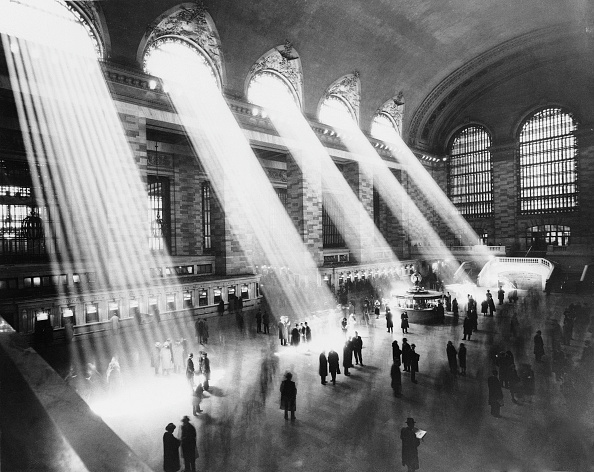 光「Sun Beams Into Grand Central Station」:写真・画像(2)[壁紙.com]