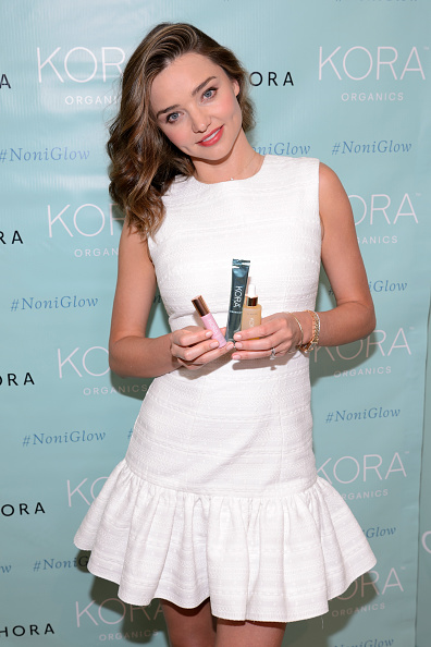 Miranda Kerr「Kora Organics And Miranda Kerr At Sephora Michigan Avenue...」:写真・画像(7)[壁紙.com]